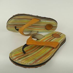 8daaf7afa89b CLARKS PRIVO Brown Green Leather Striped Foot Bed Thong Flip Flop ...