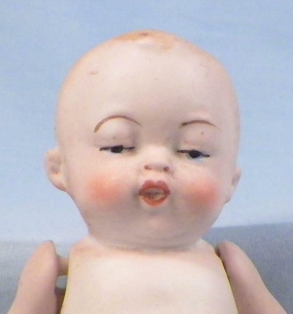 Antique Bisque Boy bambola blu Diaper Jointed Jointed Jointed 5.5in. Character Face  2 31a58b