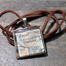 KIGALI DODOMA BURUNDI TANZANIA AFRICA Map Pendant Silver necklace f04 ATLAS