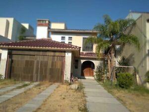 Oportunidad se renta hermosa casa amueblada en la mejor zona norte de Aguascalientes