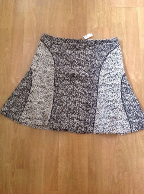/% H/&M Black /& White Flock Textured Midi Skirt UK 12