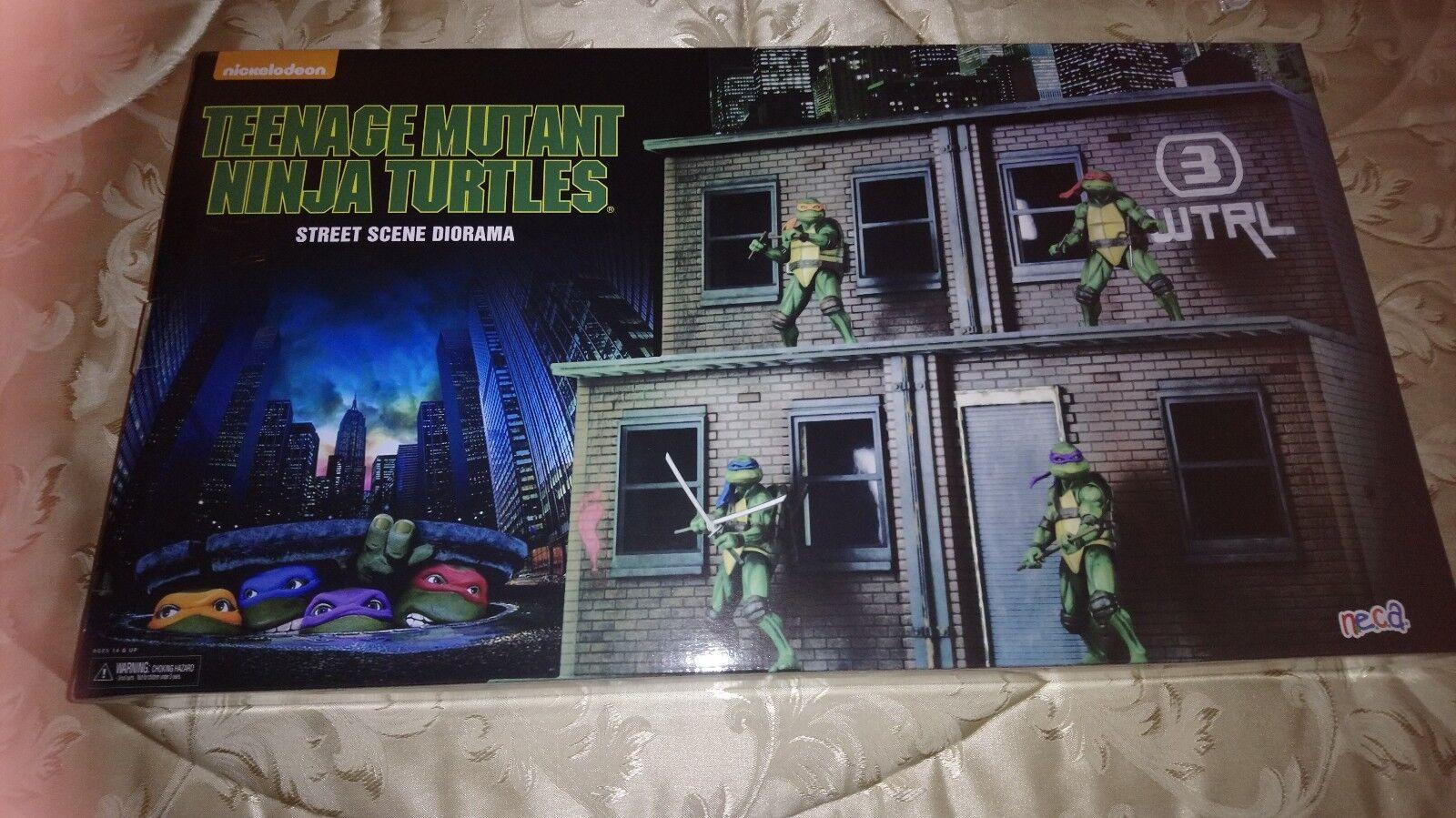 2018 NECA SDCC Exclusive Teenage  Mutant Ninja Turtles Diorama Only  consegna gratuita e veloce disponibile