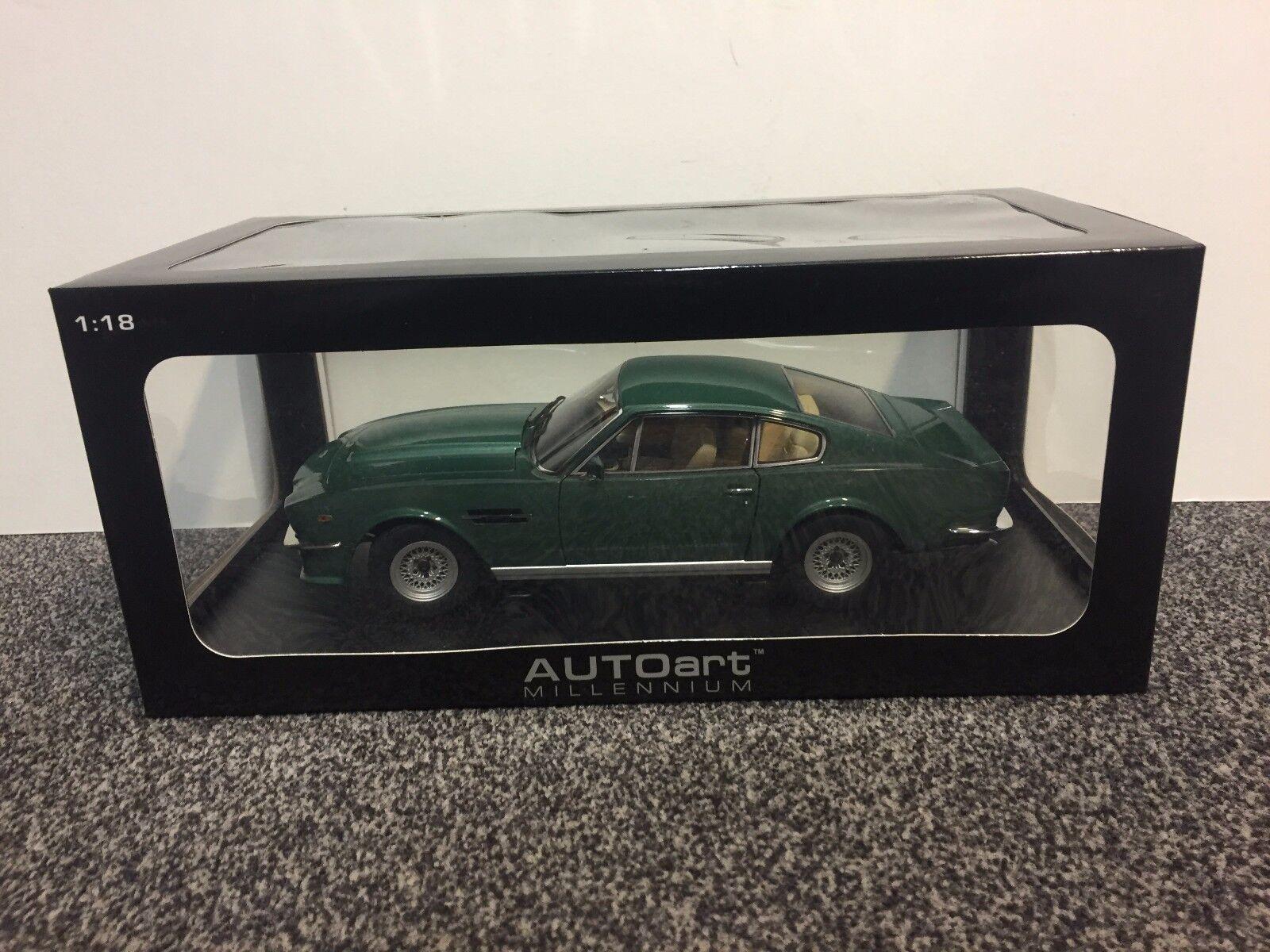 Aston Martin v8 Vantage 1985 Cumberland gris gris gris 1 18 Autoart  40% de descuento