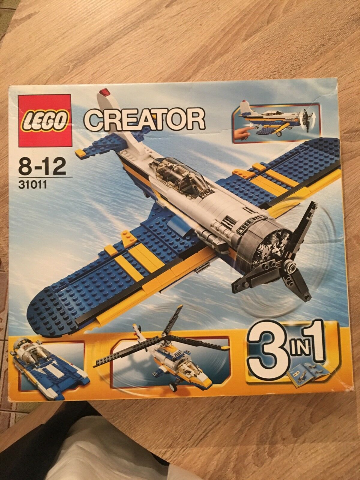 Lego creator 31011 3in1, plane , helicopter , hover boat ,new in box