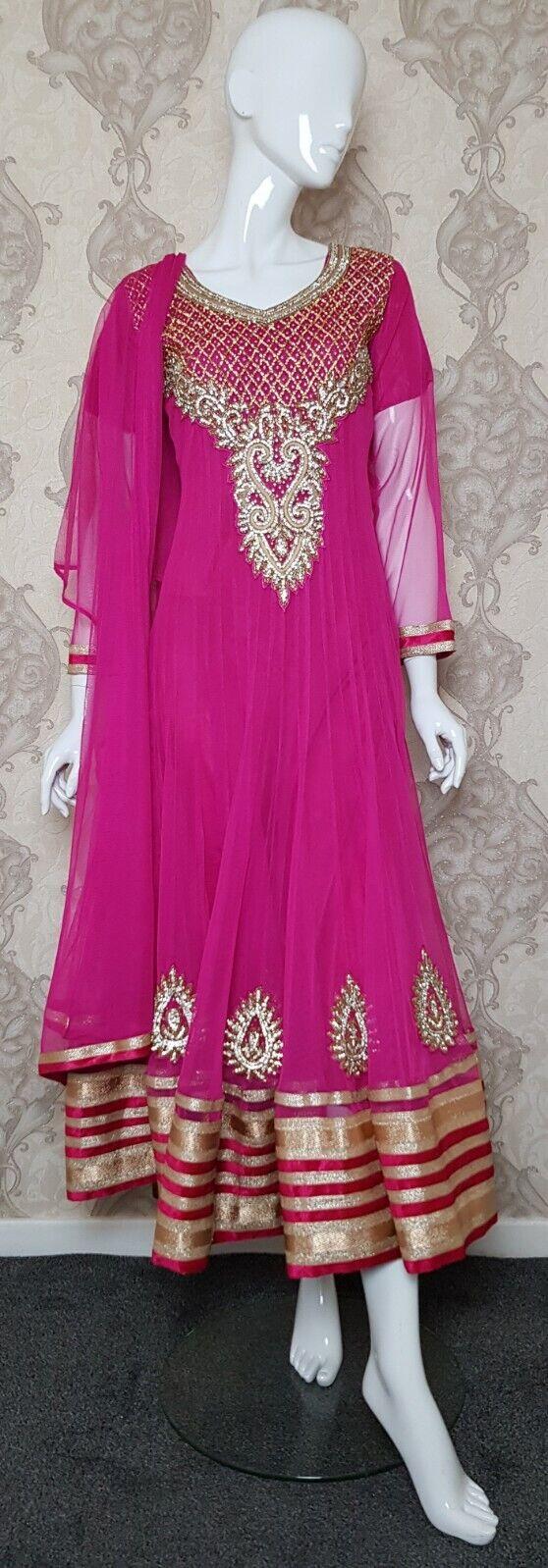 Asian Indian Pakistani Party Wear Wedding Dress Heavy Embroidery