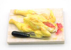 Miniatur-Suppen-Huhn-auf-Holzbrett-1-12-Kaufmanns-Laden-Puppenstube-Kueche-JS