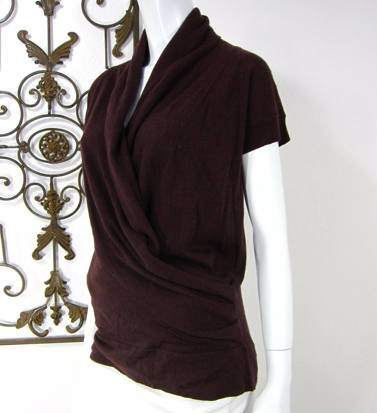 COOP BARNEYS NEW YORK SHORT SLEEVE SWEATER SIZE S SMALL SOLID BROWN SURPLICE
