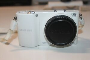 SAMSUNG NX1000 20.3MP Mirrorless Smart Camera WiFi (BODY ONLY - NO LENS) WHITE