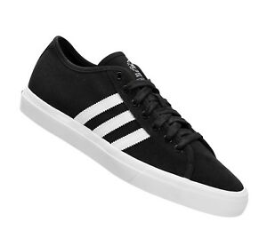 competitive price 7526f 570df Image is loading Adidas-MATCHCOURT-RX-Core-Black-White-Casual-Skate-