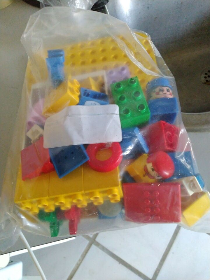 Lego andet, Forskelligt