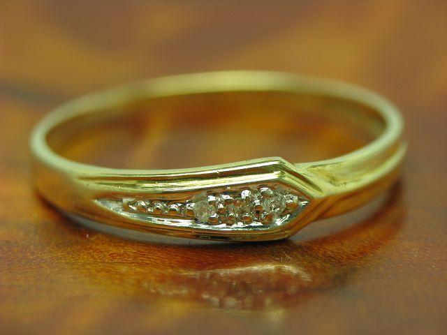 8kt 333 yellow gold RING MIT DIAMANT BESATZ   DIAMANTRING   1,0g   RG 56
