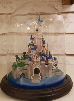 MEDIUM Moyenne FIGURINE LUM BELLE Beauty /& LA BETE Beast Disneyland Paris
