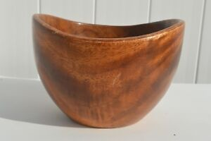 VINTAGE-HAND-TURNED-WOODEN-FRUIT-SALAD-BOWL-WITH-WONDERFUL-WOOD-GRAIN