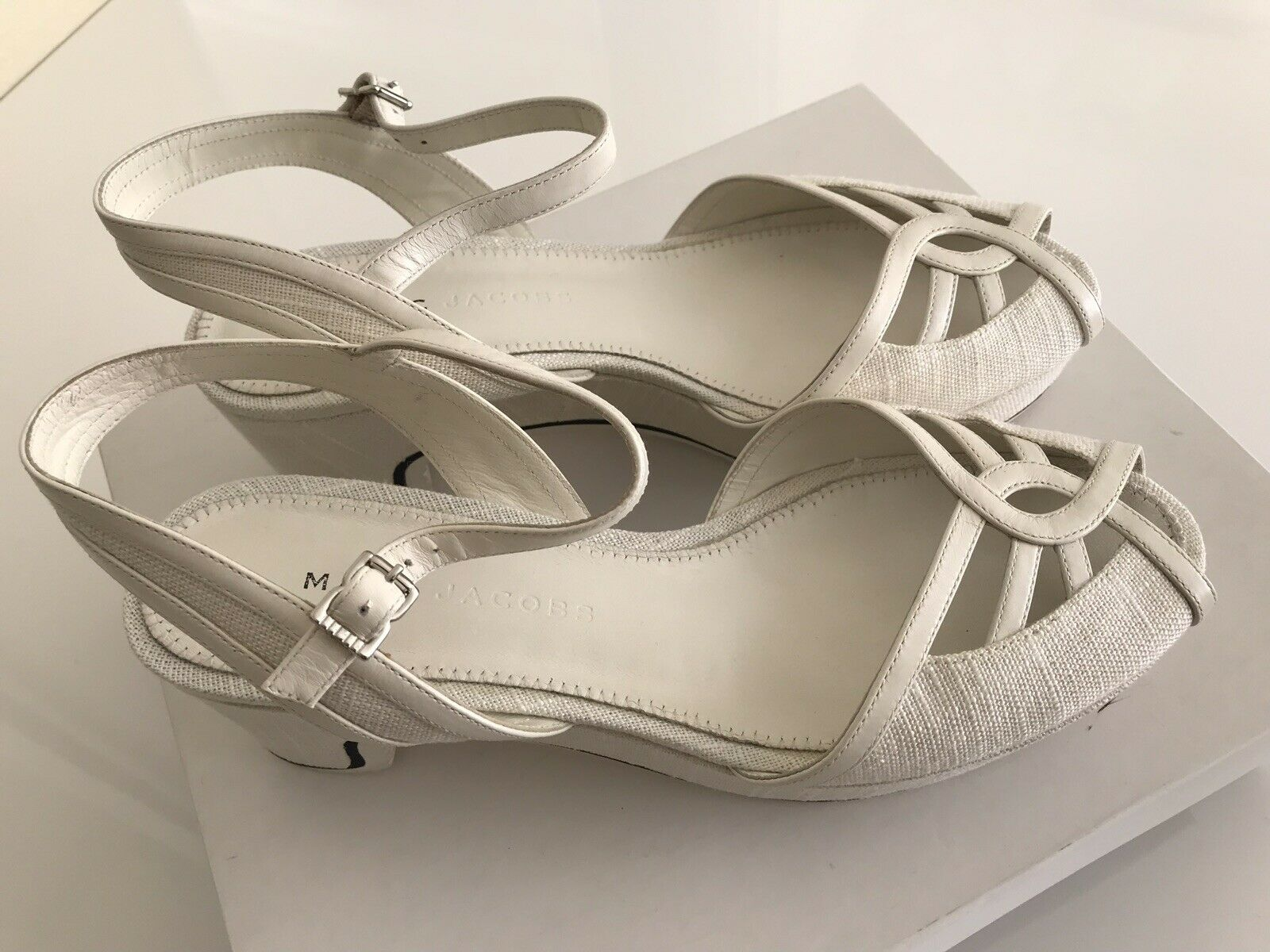 Marc Jacobs FAB White Calf Chalk Sandals Size 6.5