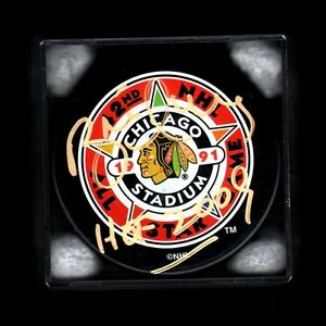 HOFer 700 GOALS 2 CUPS #16 Brett HULL '91 Chicago ALL-STAR Puck SIGNED in GOLD!!