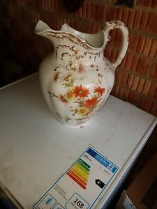 Antique-Maling-Jug-early-Red-CTM-mark-beautiful-hand-painted