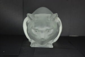 Lalique-France-Crouching-Cat-Crystal-Glass-Couche-Vintage-Decor-Chipped-ear