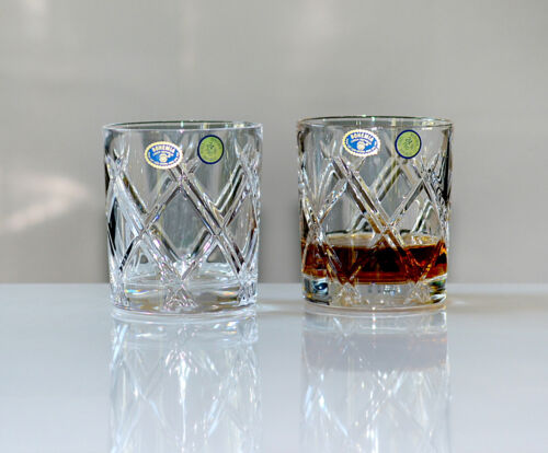 320 ml. Neu /& OVP HANDGESCHLIFFEN DEKOR Bohemia Bleikristall 6 Whiskygläser