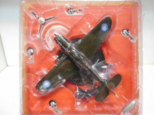AV-21 CURTISS P-40 WARHAWK USA USAAF FIGHTER 2 WW AIR COMBAT 1:72