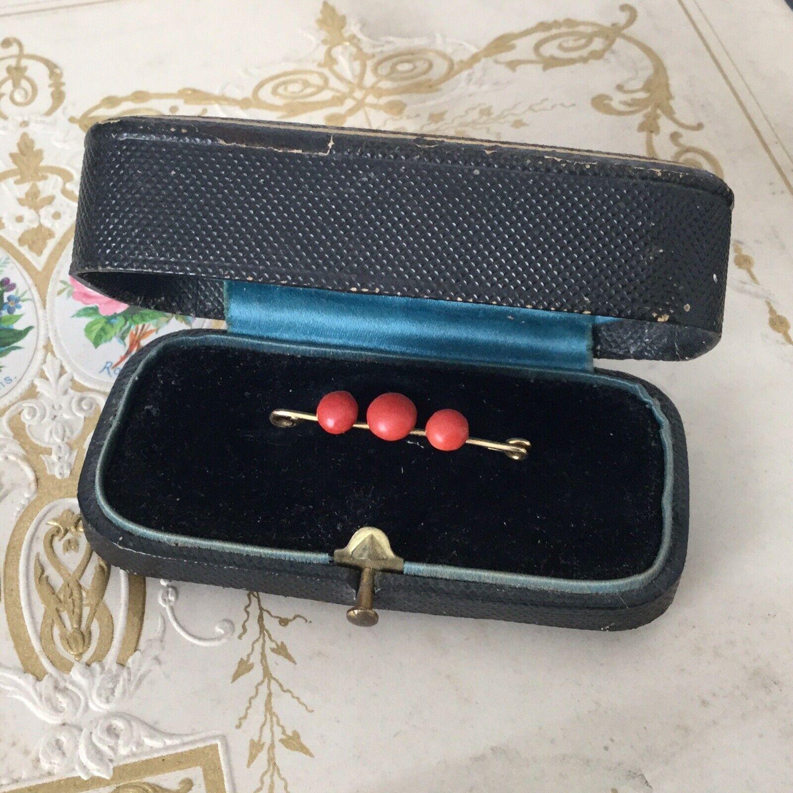 Bijou Ancien Broche XIXè Or et Corail Victorian Coral gold 18K Ring 19thC