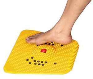 Acupressure-Magnet-Pyramids-Mat-Massage-Threapy-Pain-Releif-Free-Shipping