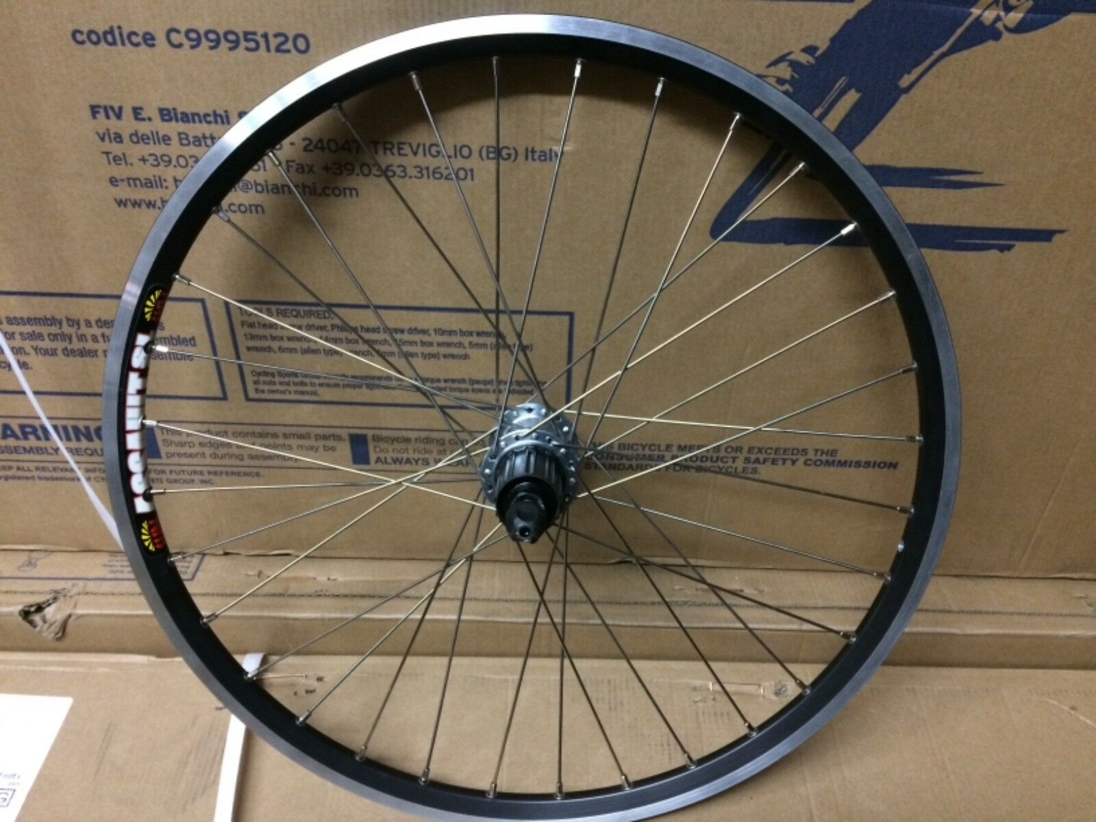 New. 20  ;451 ISO Rear Sun Assault Rim;Shimano-RS-400 Hub