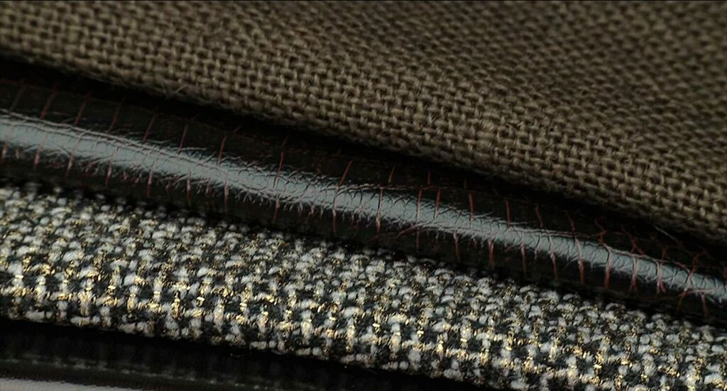 Singer Roller Presser Foot for Leather Vinyl on Low-Shank Sewing Machines | Ebay