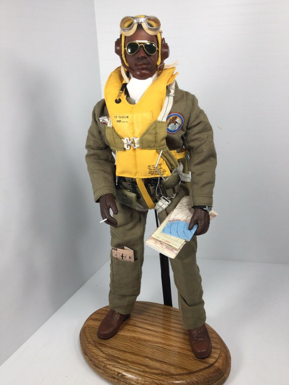 1 6 DRAGON US TUSKEGEE FIGHTER PILOT rotTAILS WW2 PARACHUTE+STAND P51 BBI DID RC