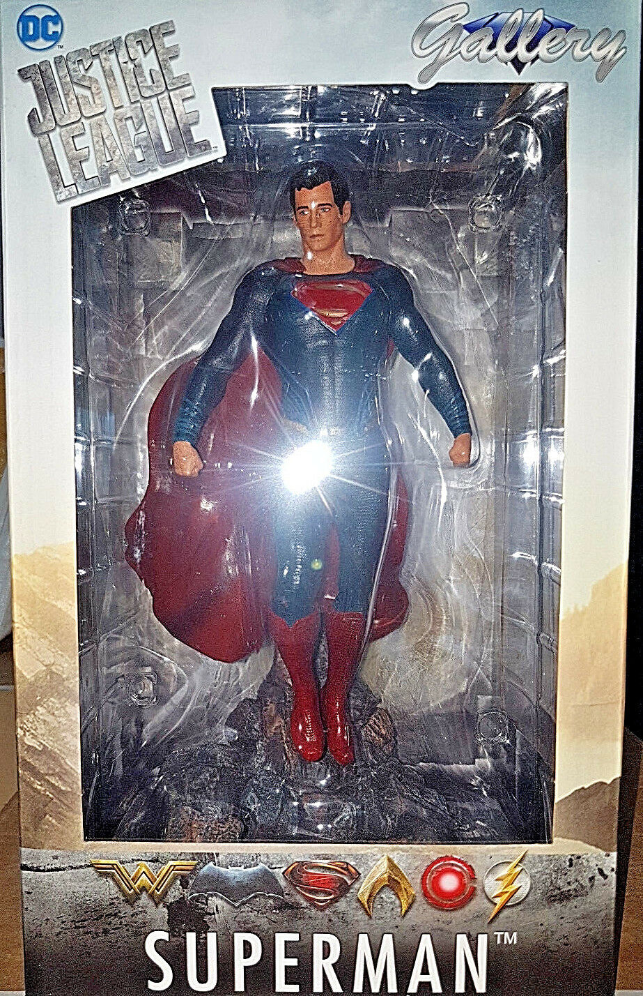 SuperMan DC Comics Justice League Gallery Diamond Select Statua 23cm
