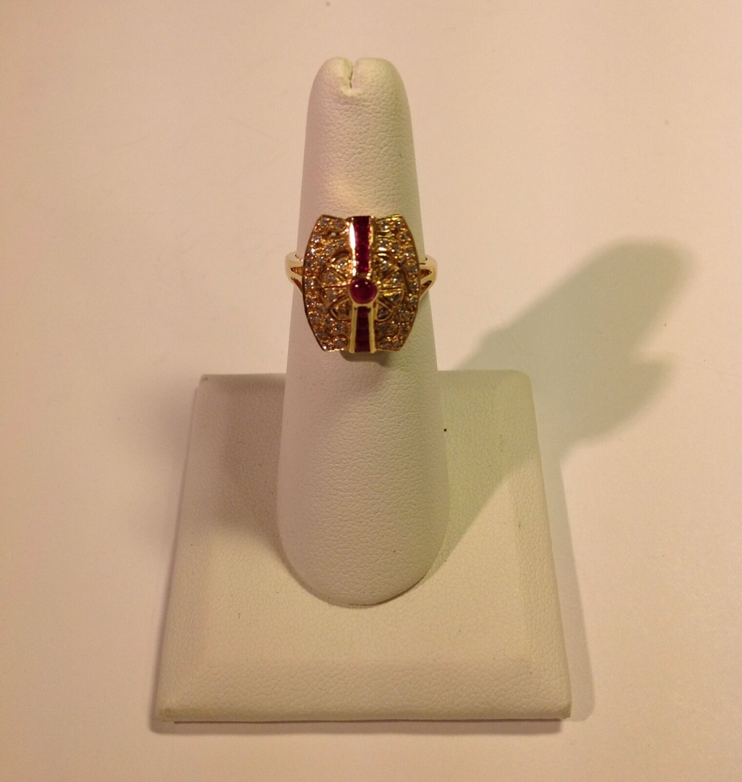 Ruby And Diamond 18kt Yellow gold Ring Size 6.5