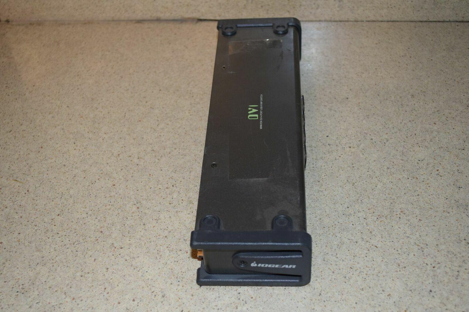 iOGEAR DVI MINIVIEW DVI 4 PORT USB KVMP SWITCH (D1)