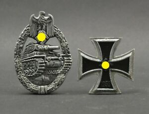 DioDump-DD145-German-WW2-insignia-resin-Panzer-badge-Iron-cross
