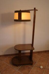 Lampe-mit-Tisch-50er-Jahre