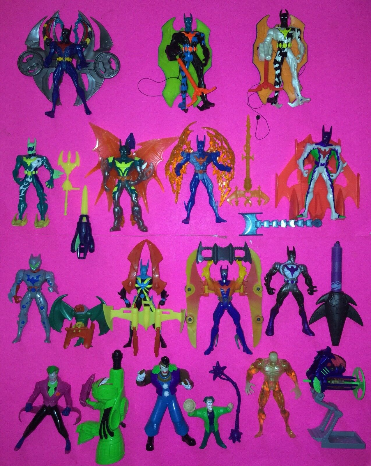 Lot of 14 Batman Beyond Action Figures (1999 Hasbro)