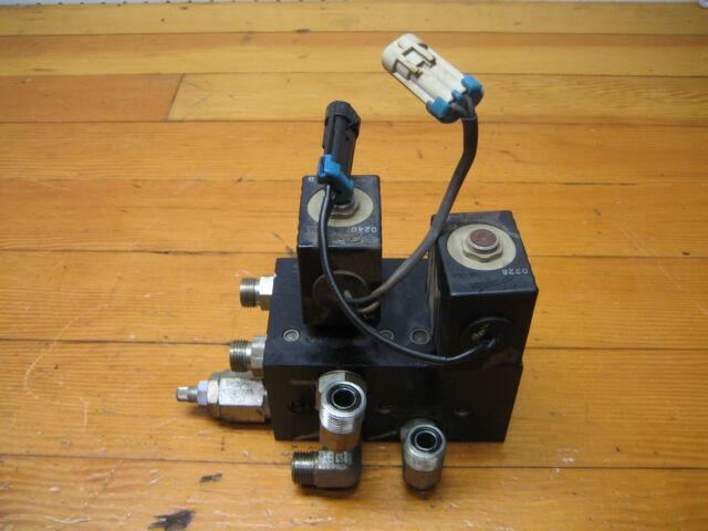 John Deere 2500a  Gas Engine  Hydraulic Valve Solenoid