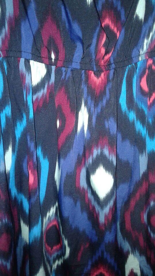 Anden kjole, Gina tricot, str. M