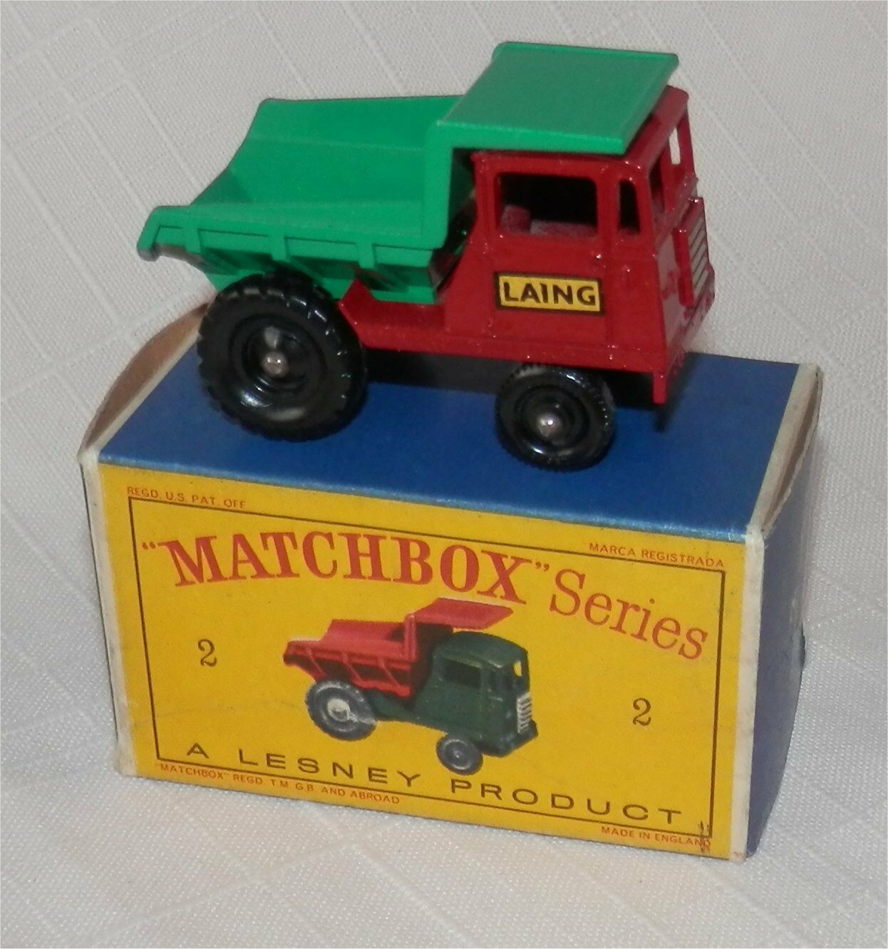 1960s. Lesney Matchbox .2 Muir Hill Volquete Laing. todo original de menta en caja.