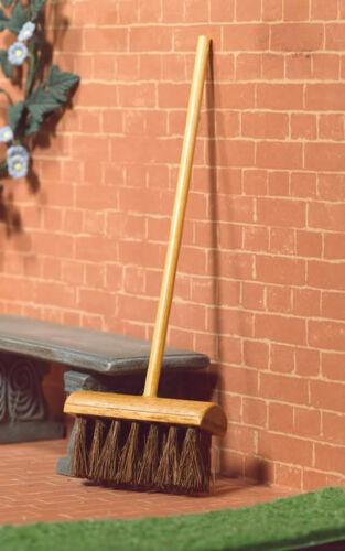 Yarda 1:12 Escala de madera bajo escoba Casa de Muñecas Accesorios De Jardín Cepillo 4932