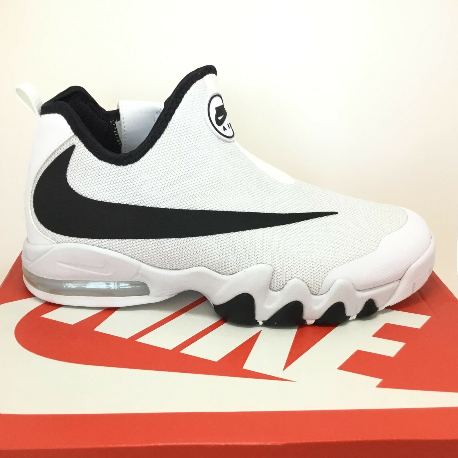 Nike Glove Air Max Big Swoosh Glove Nike 832759-100 Basketball White Black Mens Size 12 06a4d7