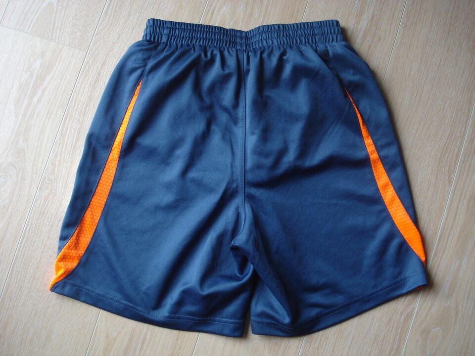 Fodboldsæt, T-shirt og shorts, HUMMEL