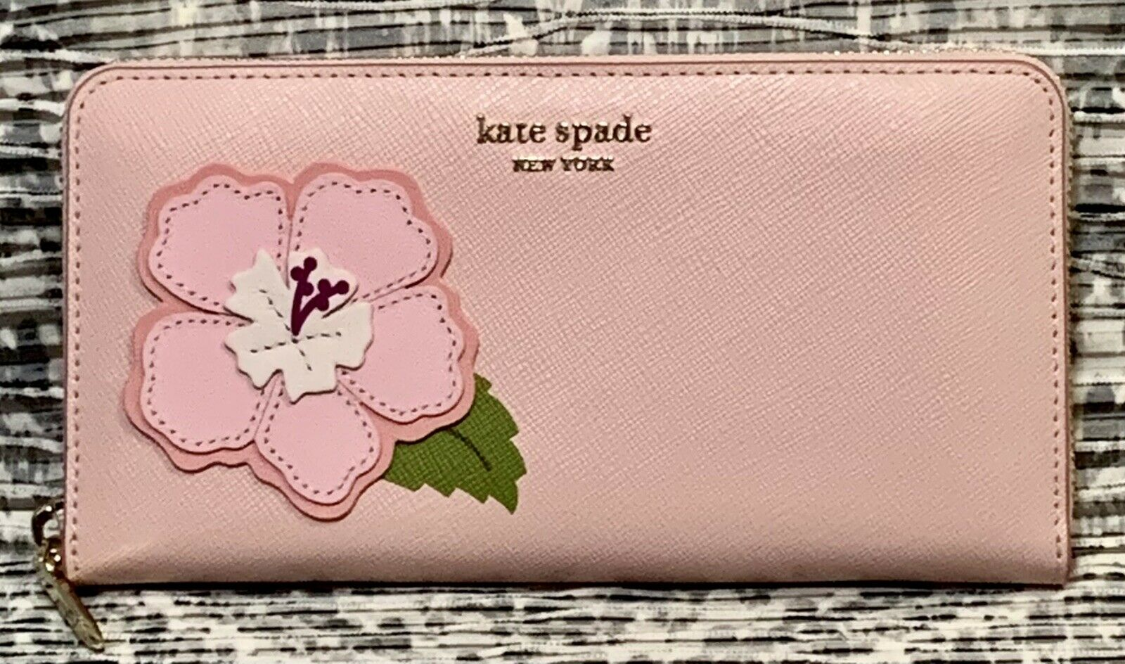 NEW Kate Spade Hawaii Exclusive Tutu Pink Continental Leather Wallet Flower