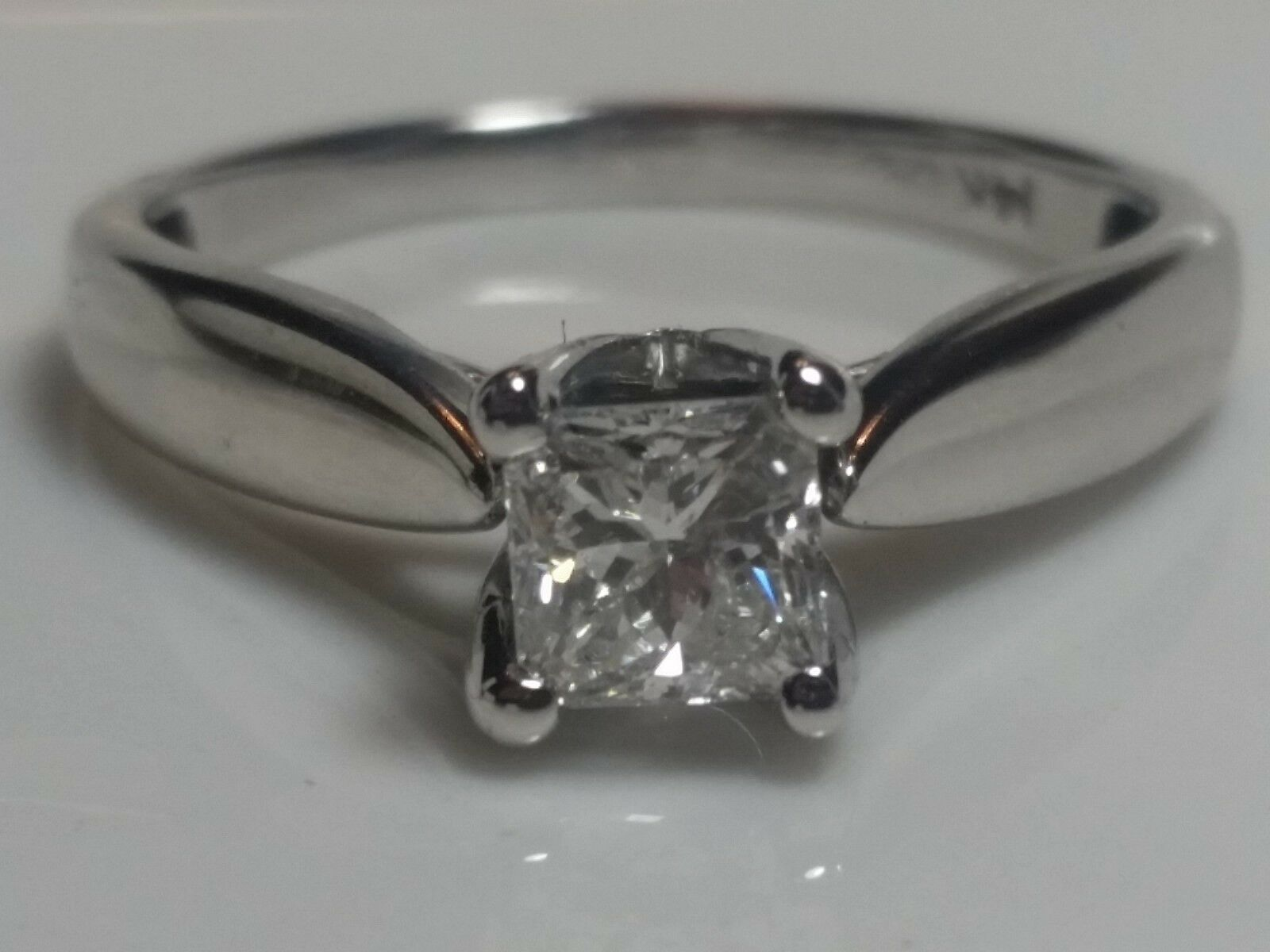 14k white gold Engagement  Solitaire Diamond Ring 0.91 Total  6.75 Size