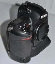 Nikon D3 mit 134054 Auslösungen, vom Händler mit Gewährleistung