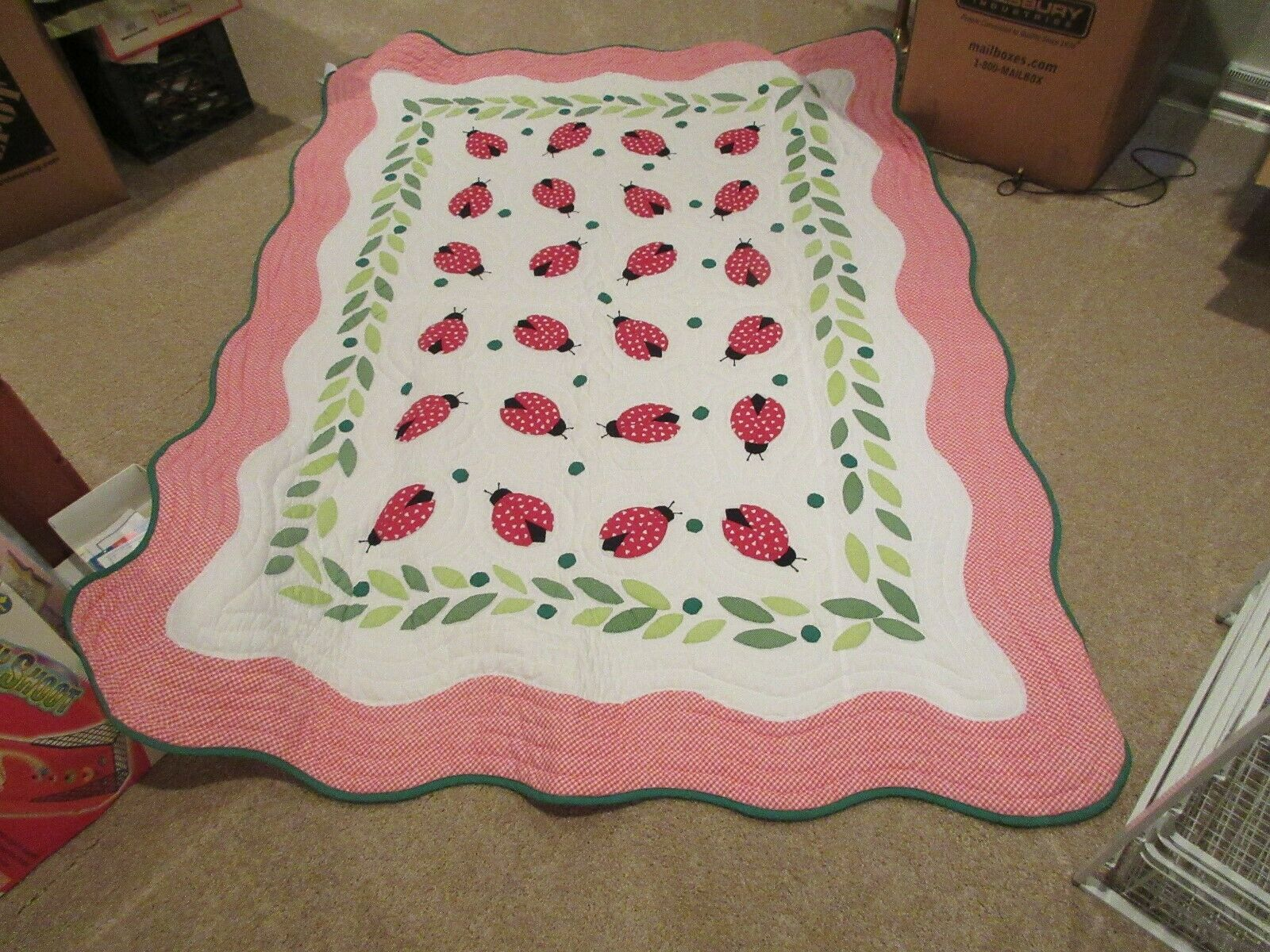 "Quilt , Bedding , 80""X60"" . Red/Green/White , Vintage ,"