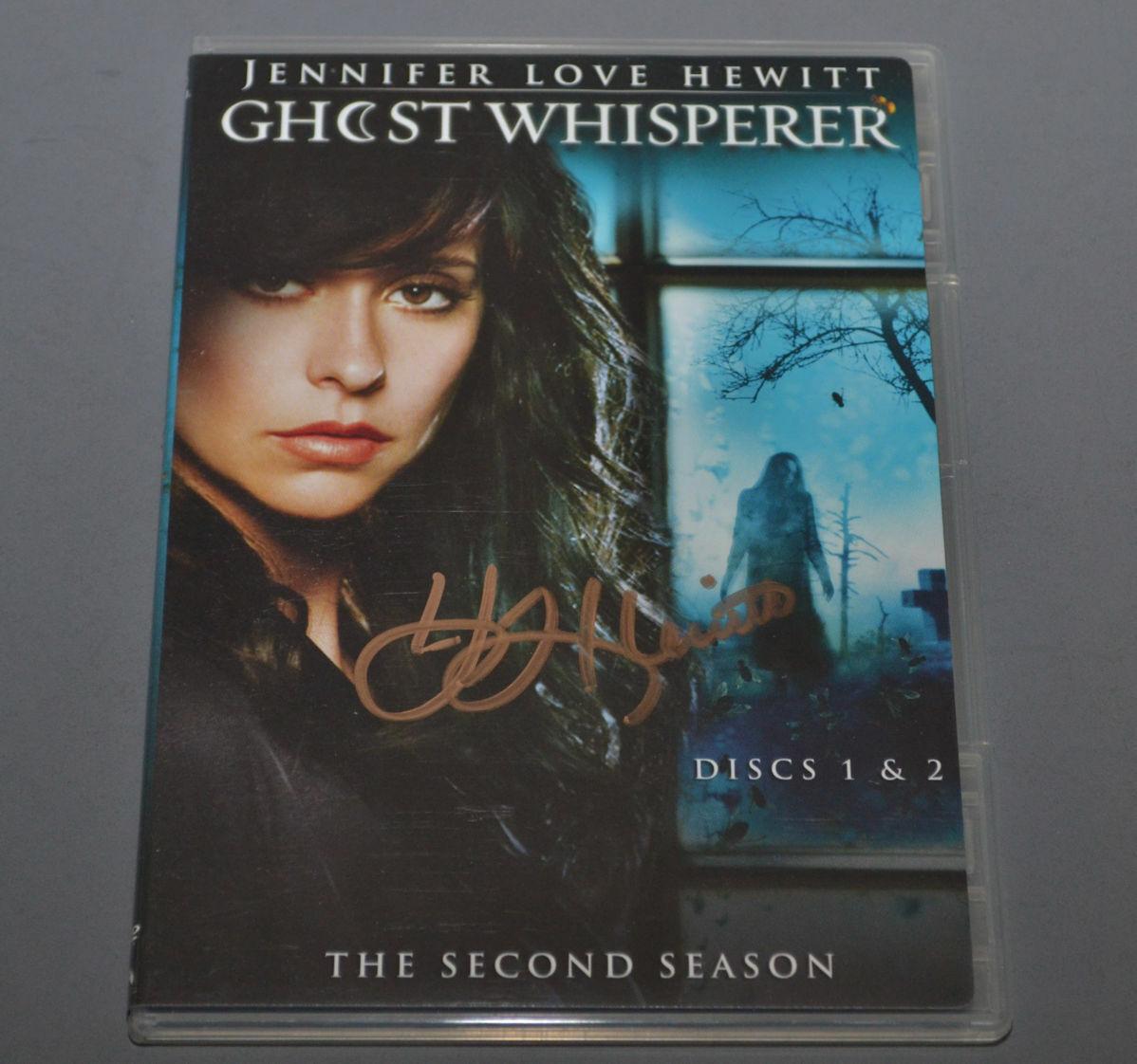 GHOST WHISPERER Second Season SIGNED by JENNIFER LOVE HEWITT  Disc 1 & 2