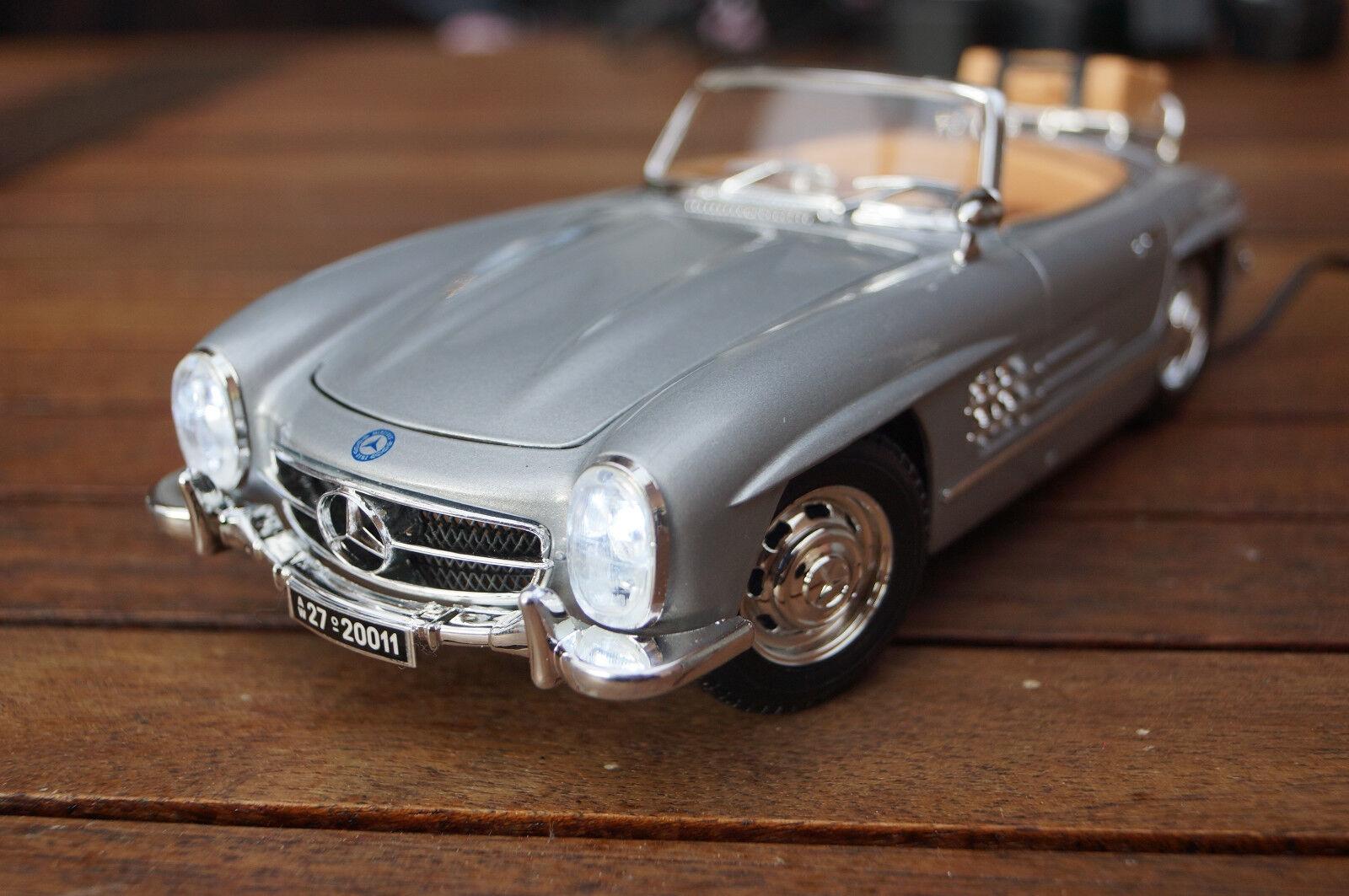 1957 Mercedes-Benz 300  SL 1 18 avec DEL-éclairage (Xénon) Bburago Argent  bas prix