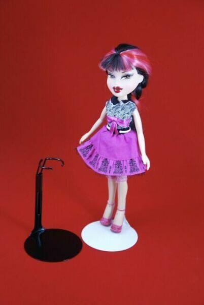 "BRATZ 8/"" tall dolls BETSY McC,vtg SKIPPER 12 BLACK STANDS KAISER #20SMB Fit 7/"""