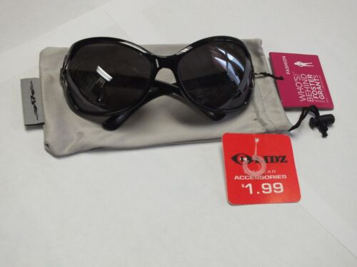 NWT Foster Grant Womens Large Lens Fashion Sunglasses 100/% UVA//UVB Protection