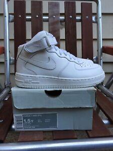 Vintage Nike Air Force 1 Mid Y2K White