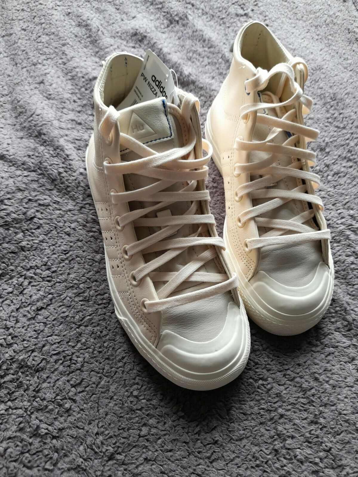 PW Nizza Hi RF Adidas Trainers Size 4